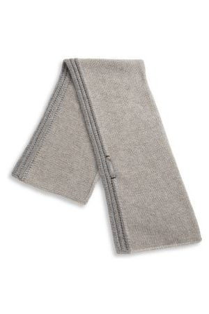naomi-campbell-denver-cashmere-scarf